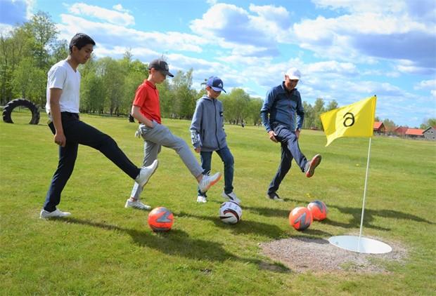 Stort uppsving för golfen - Glasrikets GK slår ett slag för fotbollsgolfen